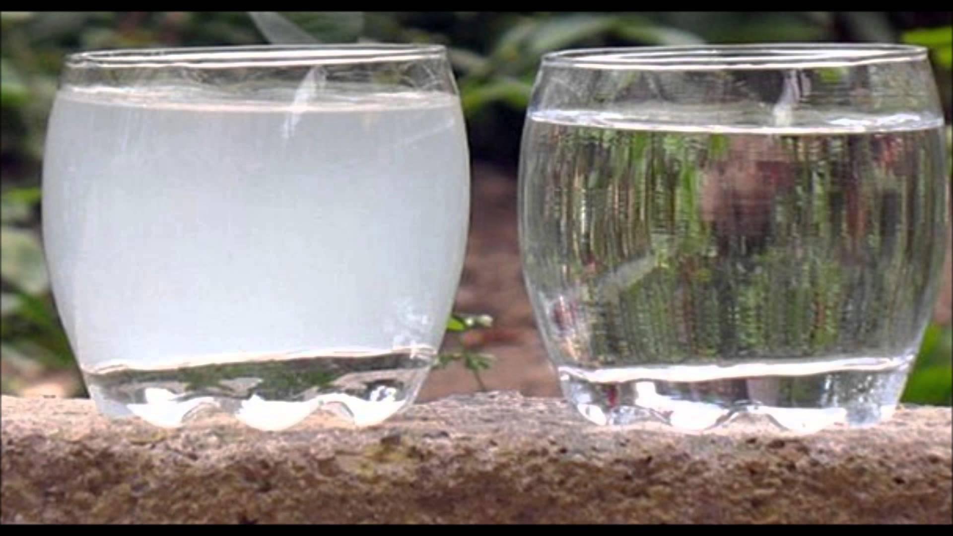 gauche : eau calcaire droite : eau adoucie